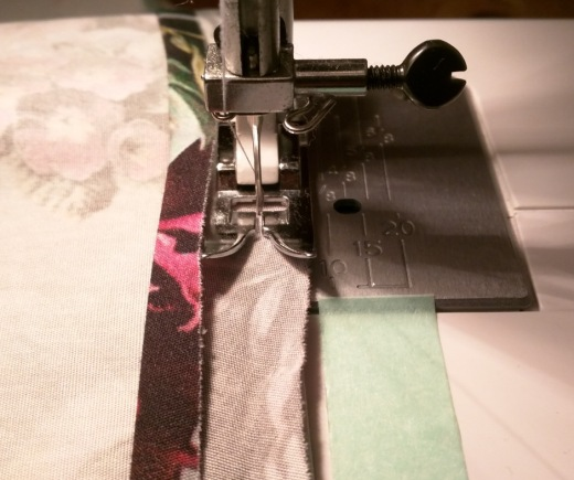 Sewing_tips_straight_line1